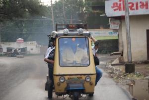 Get in rikshaws – maximum fit