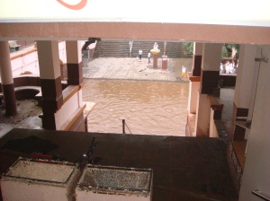 Damodar Kund where Saint narasimh Mehta used to come daily to take a bath