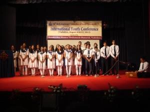Vidyapith students reciting Shanti Mantras