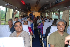 Bus going to Dakshineswar