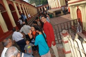 Line to go to Gharbha Griha - 1