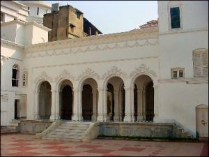 17 Courtyard3 Thakur Dalaan