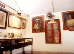 9b Renaissance Gallery